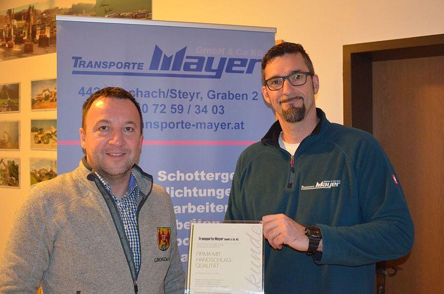Transporte Mayer GmbH & Co KG aus Aschach an der Steyr in Oberösterreich wird ausgezeichnet als Firma mit Handschlagqualität!
