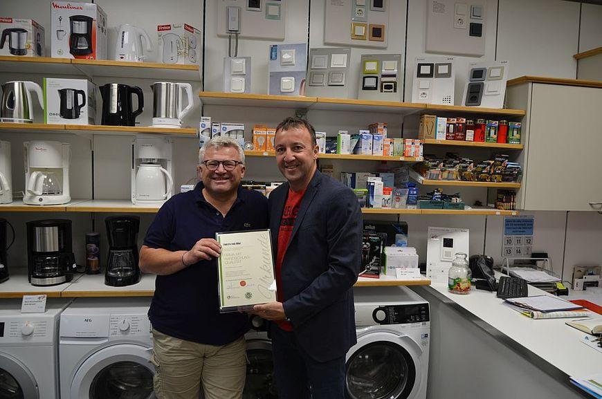 Elektro Toni Siller aus Puch bei Hallein in Salzburg wird ausgezeichnet als Firma mit Handschlagqualität!