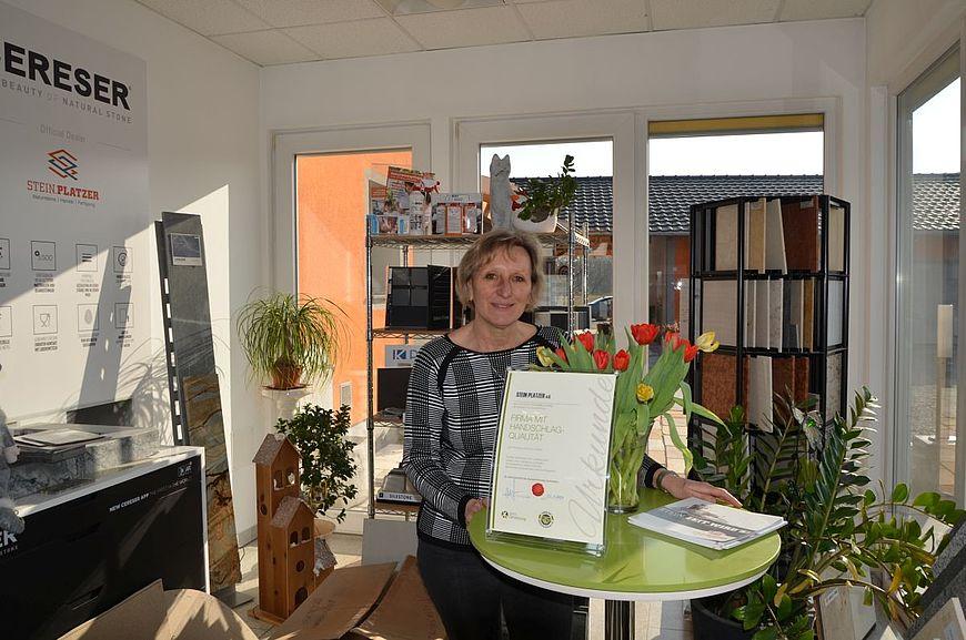 Stein Platzer e.U. aus Altheim in Oberösterreich wird ausgezeichnet als Firma mit Handschlagqualität!