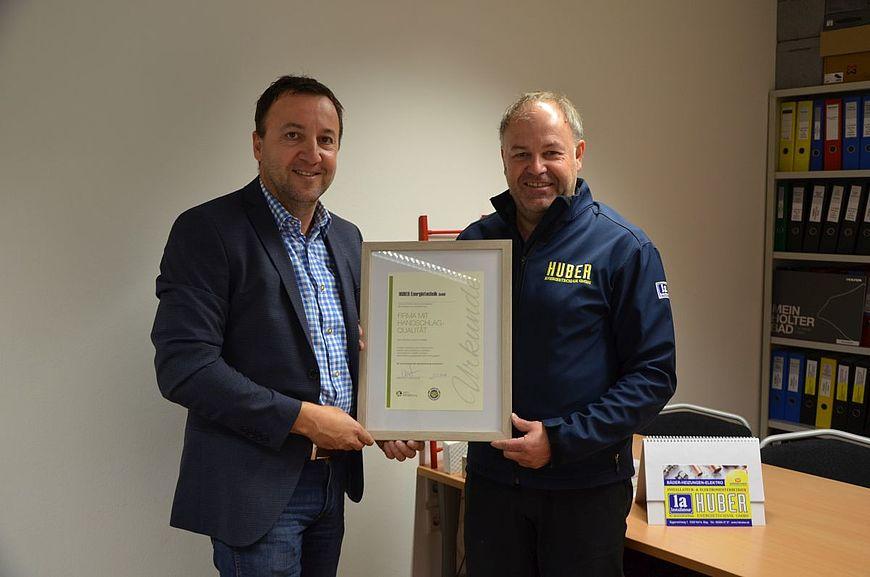 Huber Energietechnik GmbH aus Hof bei Salzburg wird ausgezeichnet als Firma mit Handschlagqualität!