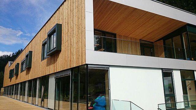 Lungauer Holzhandwerker by Lüftenegger Holzbau Bautischler Möbelbau Brandschutz